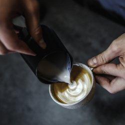 Sada s pákovým kávovarem